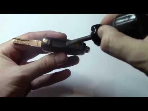 видео: Замена батарейки пульт skoda