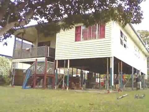 Raising a House in Queensland, Australia - Time Lapse