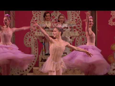 George Balanchine´s The Nutcracker - Waltz of the Flowers