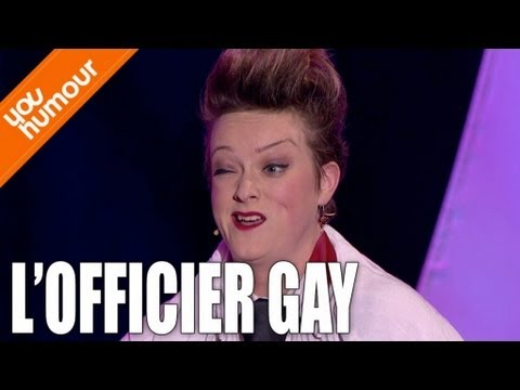 JULIE VILLERS - L'officier gay