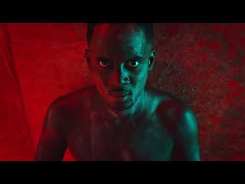 Matthieu Delormeau s'incruste dans le clip de Black M