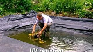 видео Бутилкаучуковая пленка для пруда: преимущества