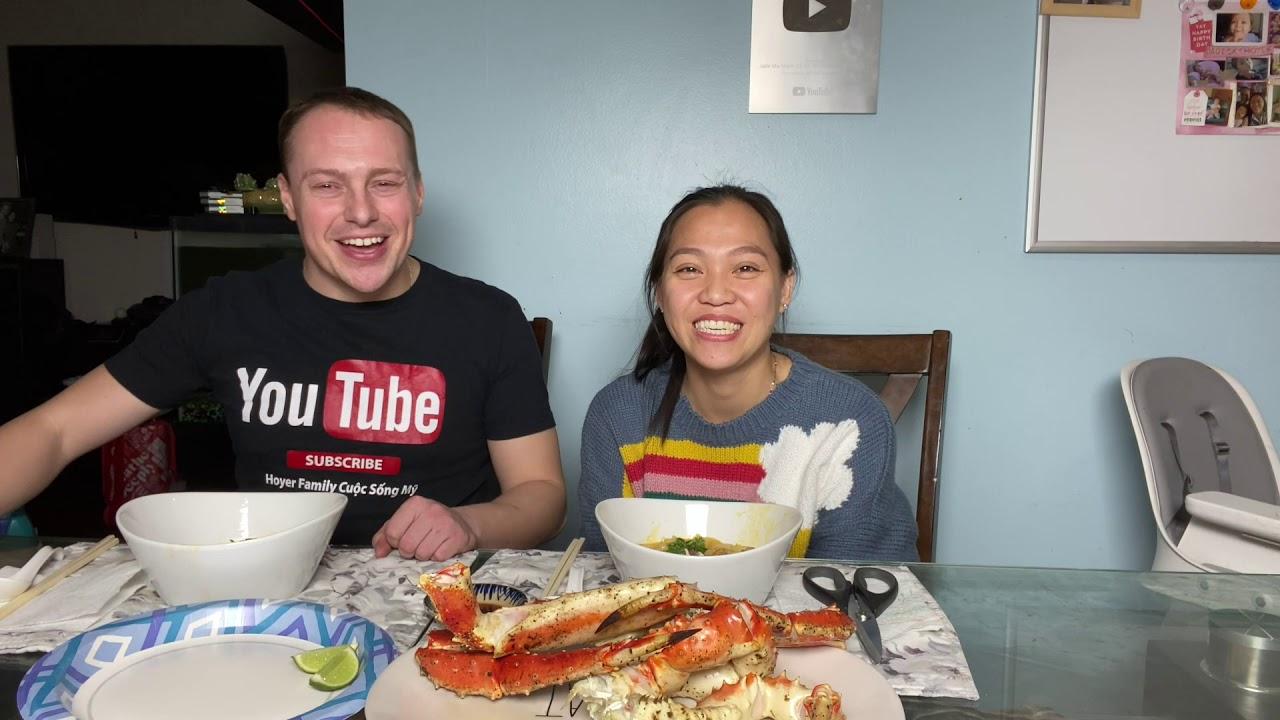 """Vlog 906 ll Chồng Húp Sạch Tô """" BÁNH CANH CUA HOÀNG ĐẾ """" Chuẩn Vị Việt Nam Vợ Nấu"""
