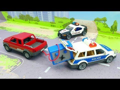 Мультики про машинки - видео для детей с игрушками - Сдались без боя!