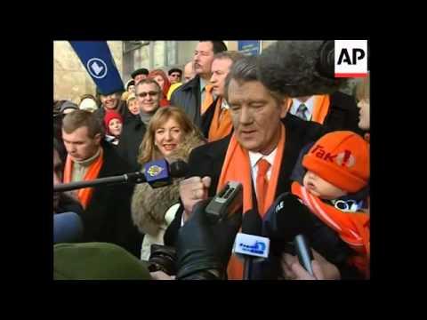 Yushchenko, Yanukoych, Kuchma vote, soundbites