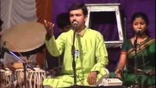 Natyageet - Avaghe Garaje Pandharpur