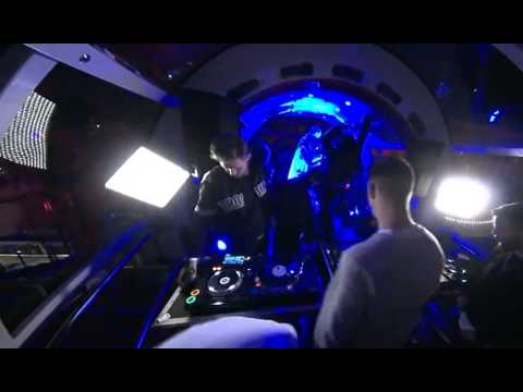 London Eye O2 Red Bull Live DJ's Nov 2013    Channel 4