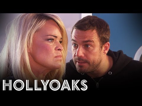 Hollyoaks: Warren