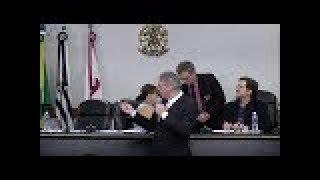Por Que o(a) Advogado(a) tem Medo de Falar em Público?