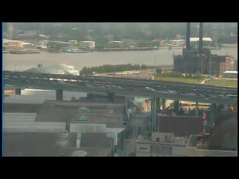 NOLAcom Bridge Cam  Stream