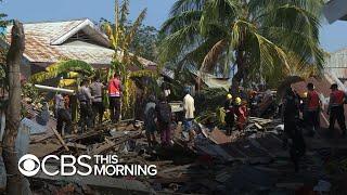 Indonesia earthquake, tsunami: Aid not arriving fast enough