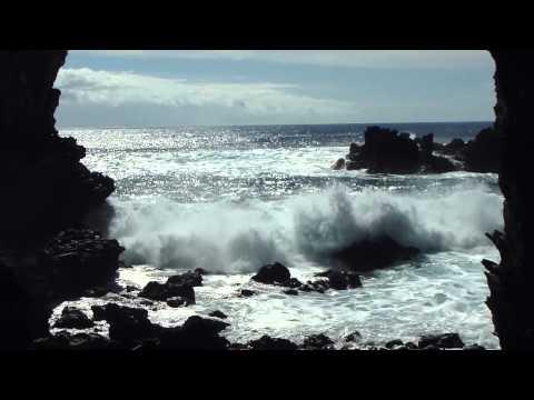 Rapa Nui cave