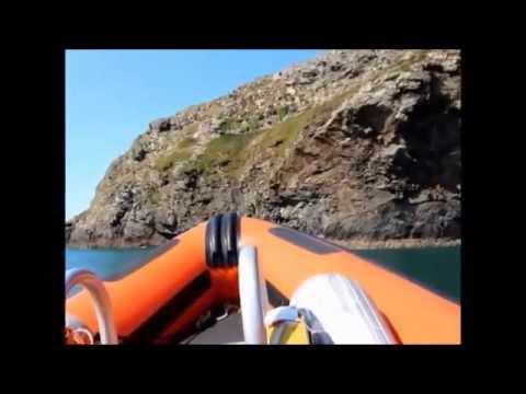 A trip around Ramsey Island by RIB