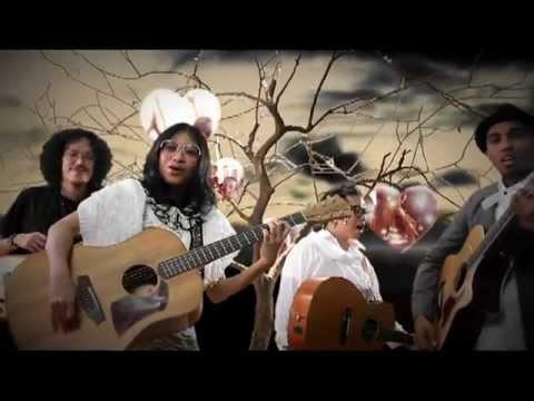 Glenn Fredly Feat. Endah N Rhesa & Sandy Sondoro - Let's Say Love