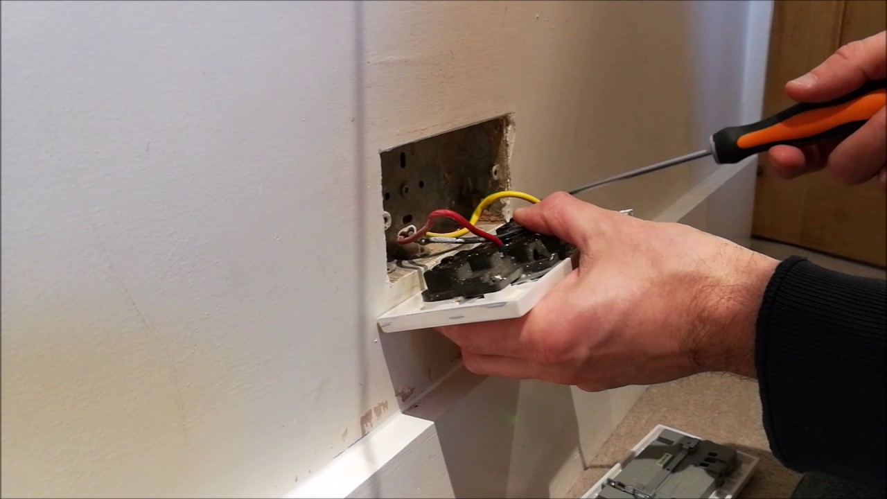 maxresdefault how to install a double usb electrical wall socket (dual usb ports wall socket wiring at readyjetset.co