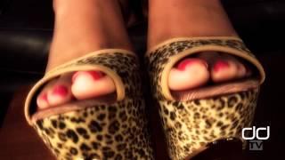 Repeat youtube video Darla TV - Foot Show In Platform High Heels and Sexy Pink Toenails