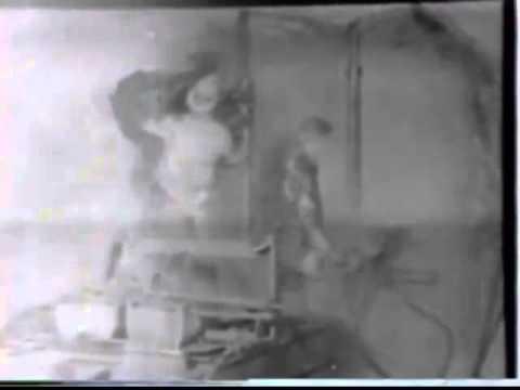 Ancien bureau de notaire zinc gris industriel wry tbw
