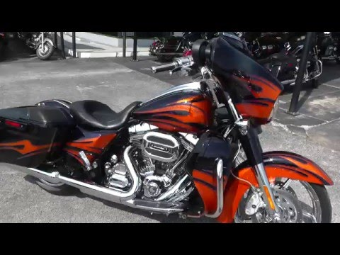 951325 - 2015 Harley Davidson CVO Street Glide FLHXSE - Used Motorcycle For Sale