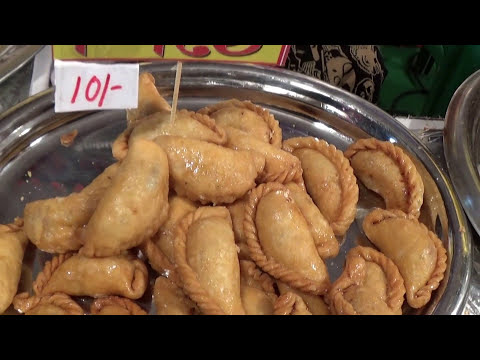 Food Festivals Of India | Mega Pithe Parbon & Food Stalls Of 'Pous Parbon' And Their Awesome Pithes