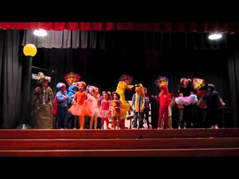 "Sesame Street: Will.i.am's Song ""What I Am"" - KDM Talent Show"