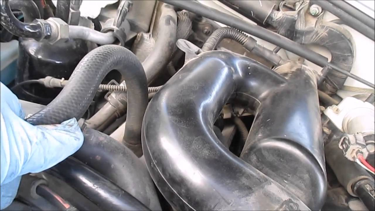 ford explorer 4 0l sohc rough idle part 2 vacuum leak hunting youtube 2005 ford explorer vacuum diagram [ 1280 x 720 Pixel ]
