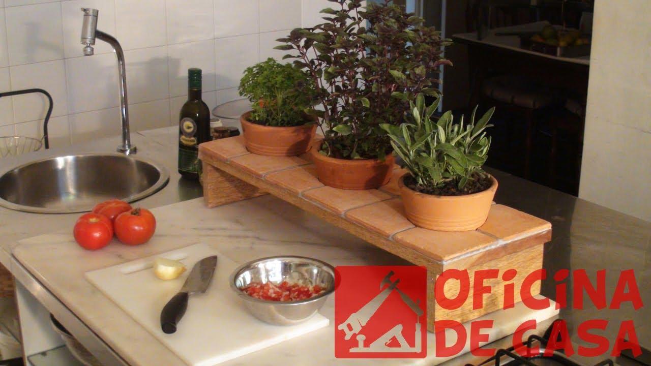 Horta de temperos como fazer uma diy oficina de casa for Como criar peces ornamentales en casa