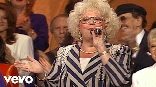 Bill & Gloria Gaither - The Blood Bought Church [Live]