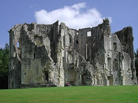 How to get rid of your missus. Castle Ruins, Wardour. England.