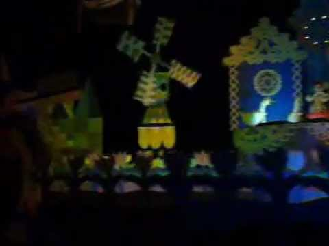 It's a Small World Clips
