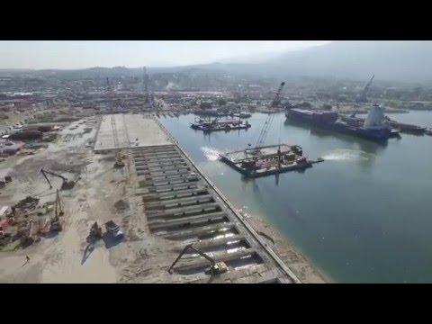 APN | Reconstruction des Installations Publiques du Port Int'l de Port-au-Prince.-