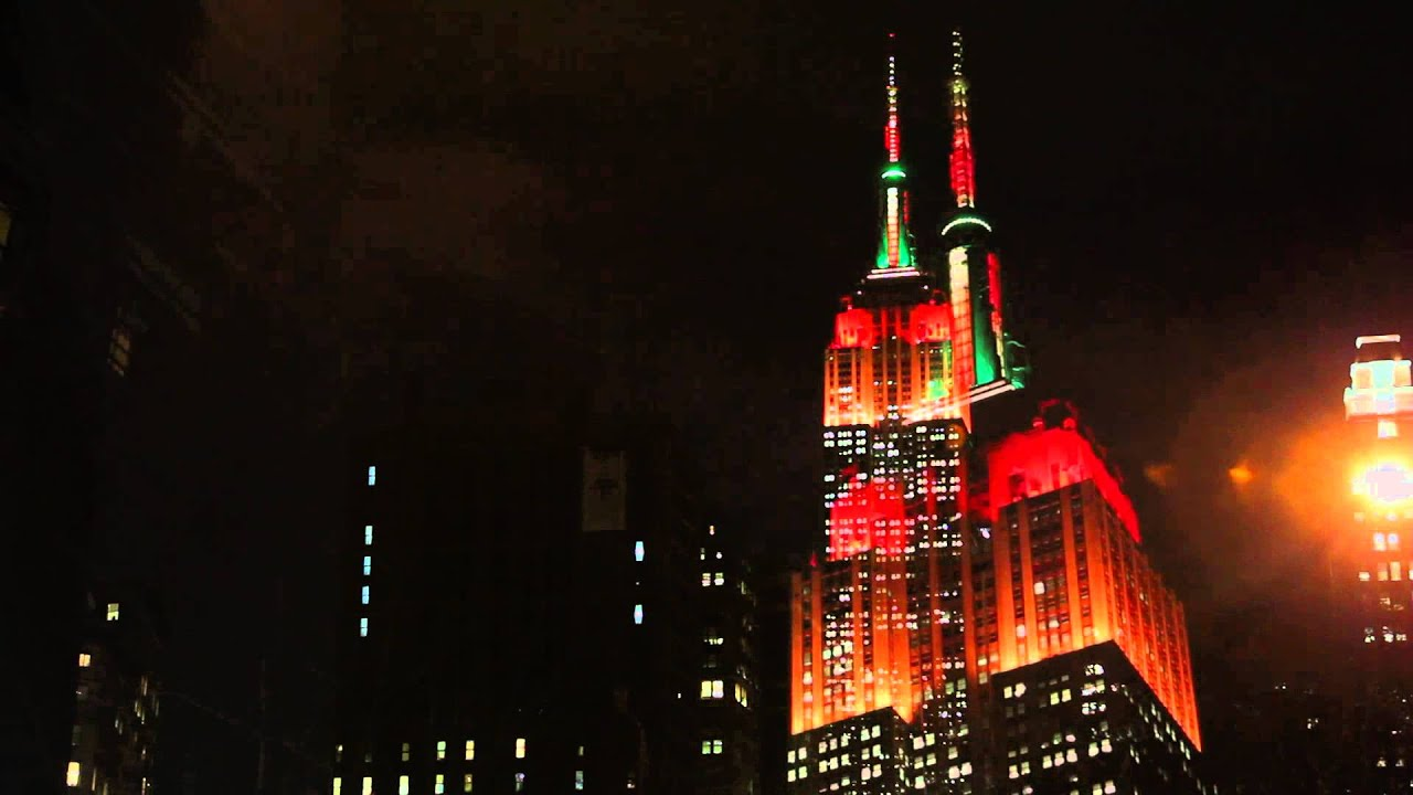 Empire State Building Lights for the 2013 Macy's Thanksgiving Day ...