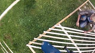 видео Садовые решетки, установка шпалеры