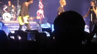 "All time low with MICHAEL CLIFFORD ""Dear Maria, Count Me In"""