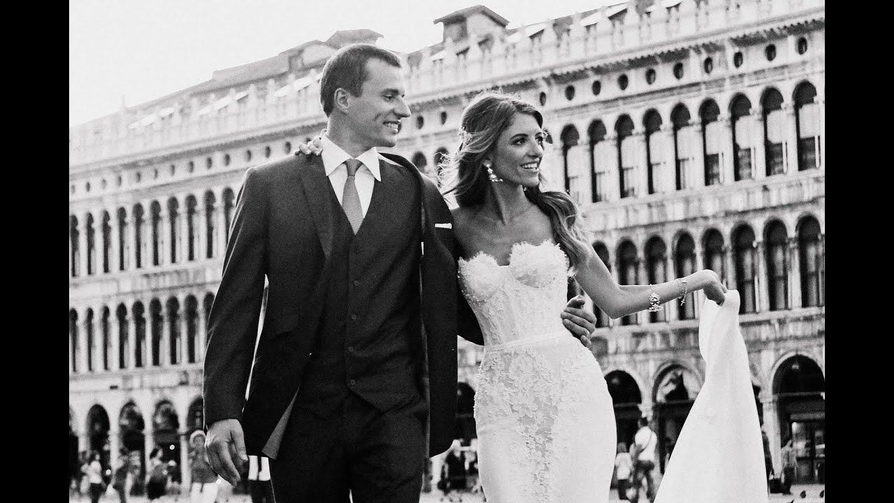 Destination Venice Wedding Gondola Ride By WHITE Fashion Photographer Italy