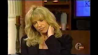 Carly Simon on Regis and Kathy belting WE YOUR DEAREST FRIENDS