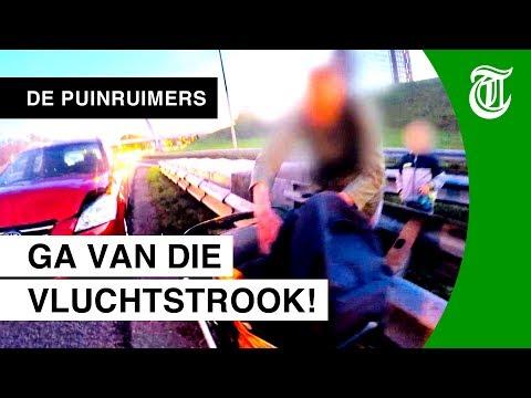 Vader rijdt door na crash (en brengt kinderen in gevaar) - DE PUINRUIMERS #13