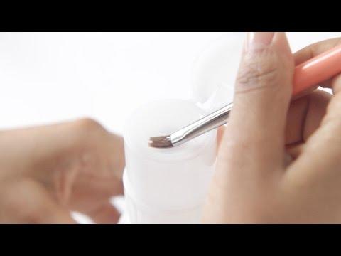 HOW I CLEAN MY NAIL ART BRUSHES | abetweene