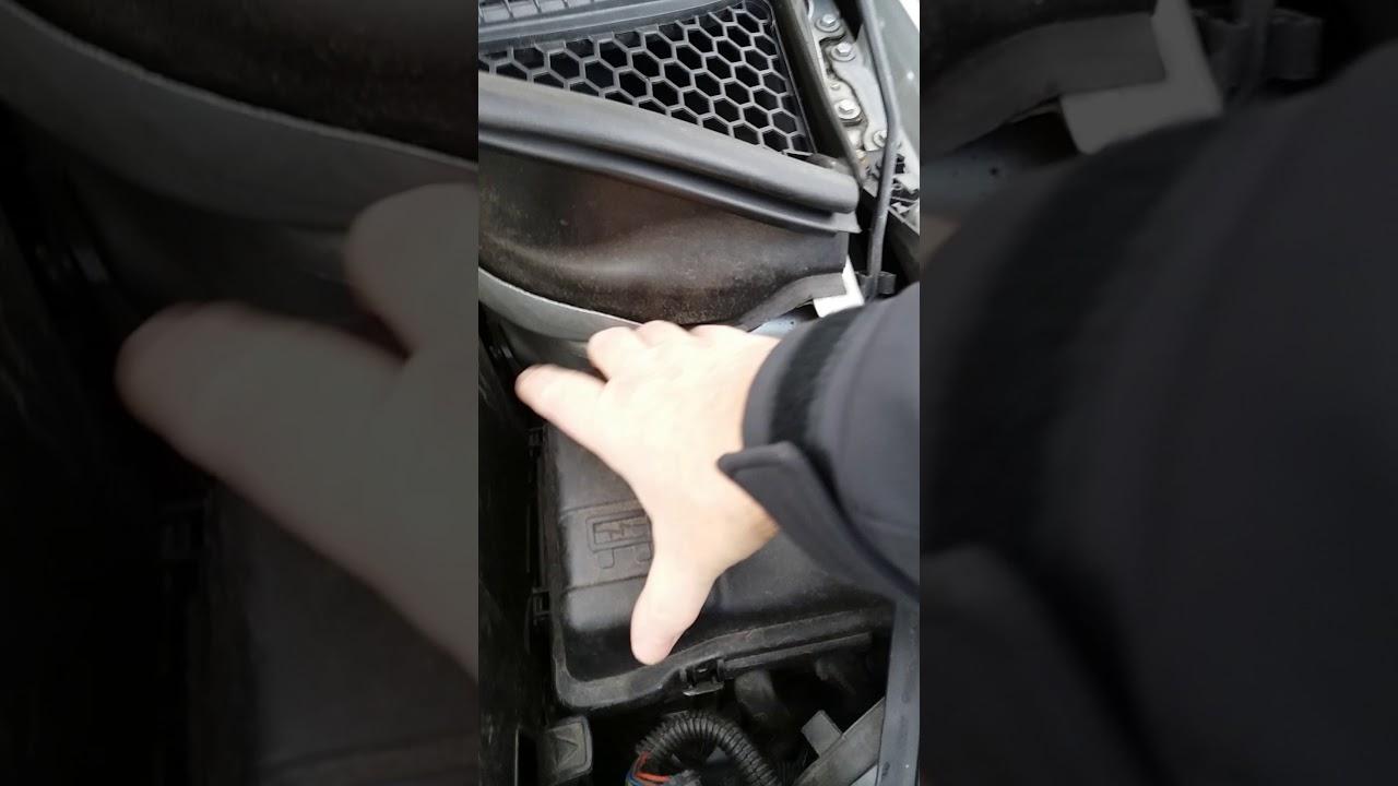 peugeot 207 - windscreen washer pump fuse