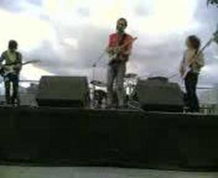 Littl'ans Live At Jarivs Cockers Meltdown Festival