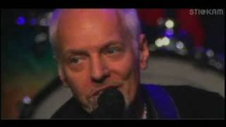 Watch Peter Frampton Oh For Another Day video
