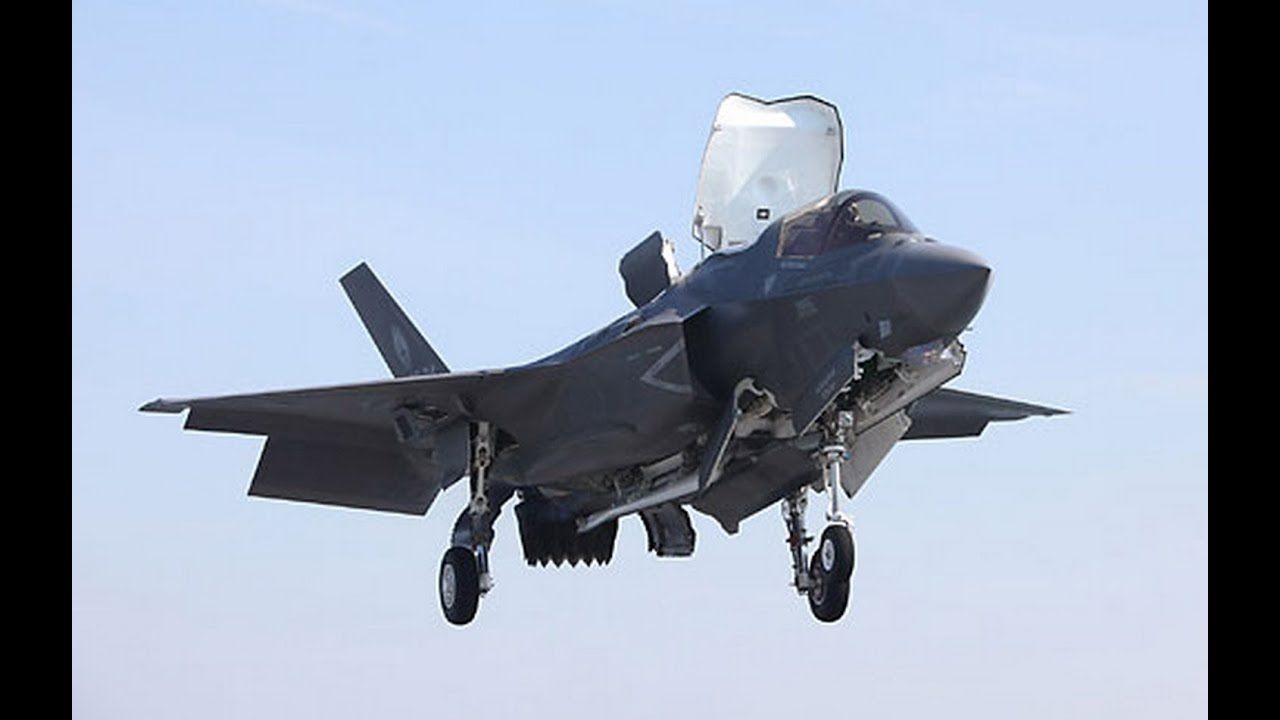 F-35 Lightning Makes First Vertical Landing on the Marine ...