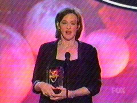 Joan Cusack Wins American Comedy Award