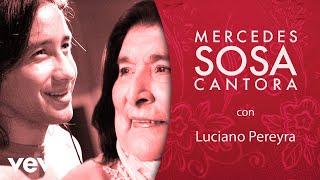 Mercedes Sosa - Y Así y Así (Official Video)