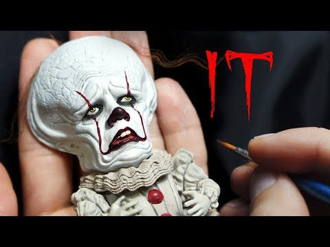 Sculpting Realistic Mini Pennywise sculpture Timelapse - IT Chapter 2(2019) Movie film-Making