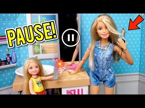 Barbie Doll Family Does The PAUSE Challenge - Funny Chelsea!