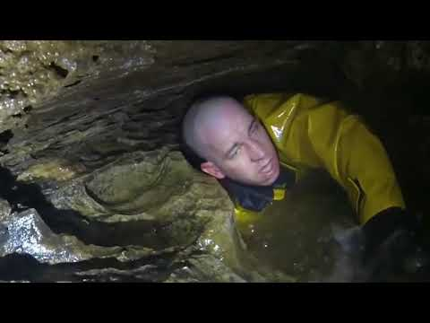 Heroes and Survivors: Flooding Cave