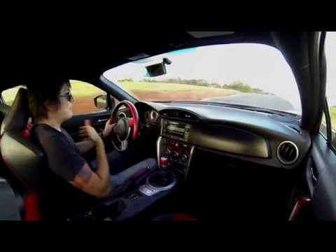 Toyota GT86 no Brasil: power slides e derrapagens no Haras Tuiuti