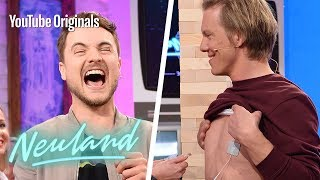 Stromschock! Nippel-Vibratoren Challenge mit Simon Gosejohann| Neuland – 100% Cringe