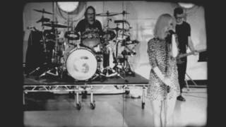 Garbage - Even Though Our Love is Doomed (Live at East West Studios)