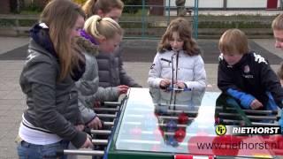 Tafelvoetbal voor intensief gebruik tafelvoetbaltafel die buiten kan blijven staan